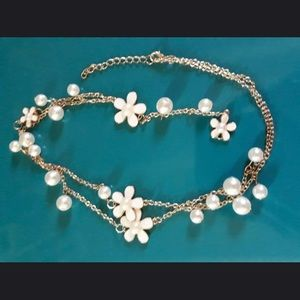 Jewelry - NWT floral lariat layered necklace choker